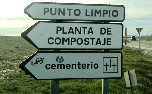 cementerio y punto limpio
